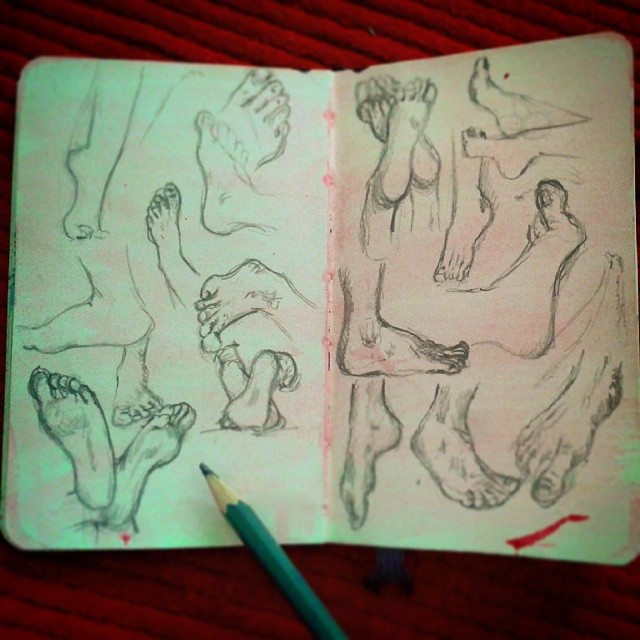 9/365 Foot studies from various sources off of t'internet. http://instagram.com/p/pRYNOUHyxa/